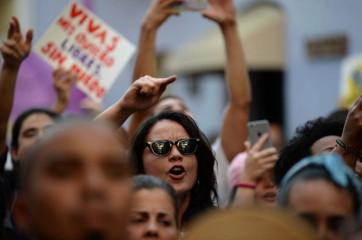 Plantón contra la violencia machista / Colectiva Feminista en Construcción / Ana María Abruña