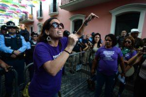 Plantón contra la violencia machista / Coletiva Feminista en Construcción / Ana María Abruña