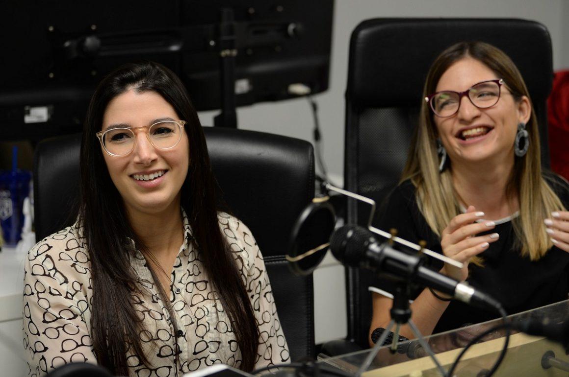 Paola Medina Prieto y Renata Beca del podcast Puestas Pal Problema