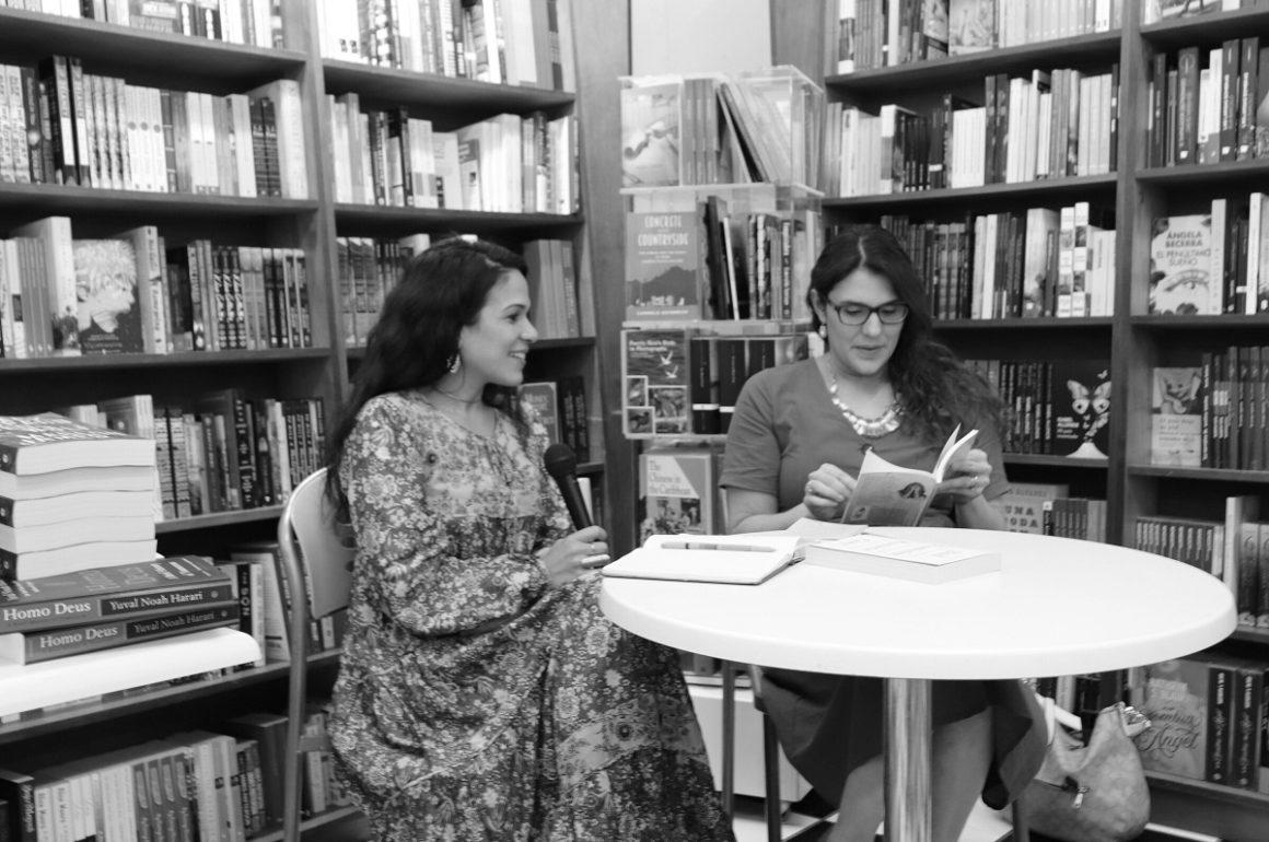 Ana Teresa Toro y Viviana Torres Mestey en el conversatorio Dueñas de nuestra voz / Foto Verónica Ramírez González