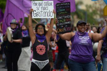 1 DE MAYO, 2017 SAN JUAN. COLECTIVA FEMINISTA EN CONSTRUCCION PARTICIPAN DEL PARO NACIONAL. FOTO/ANA MARIA ABRUñA REYES