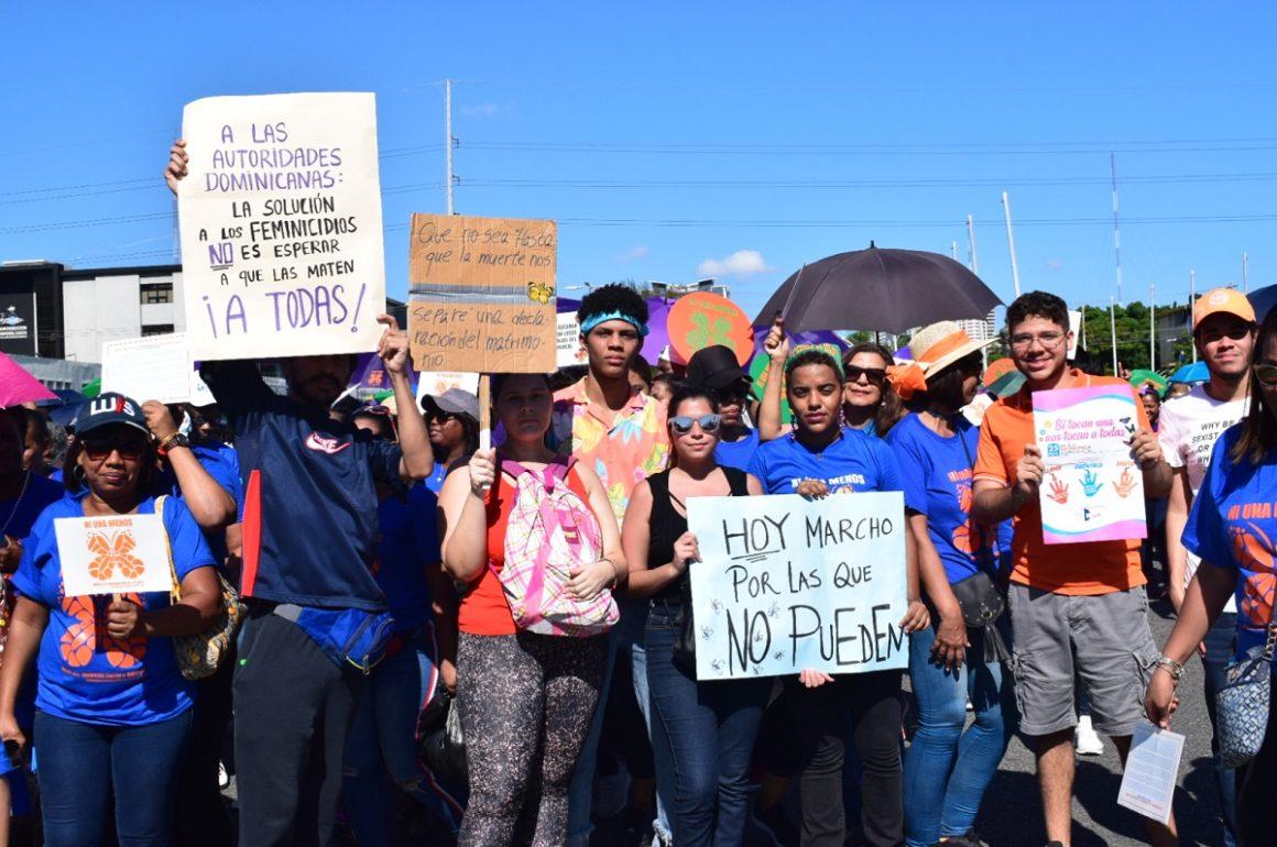 Marcha de las Mariposas, República Dominicana