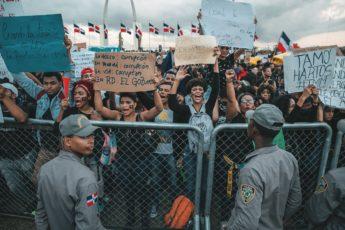 Protestas en República Dominicana por suspensión de elecciones municipales