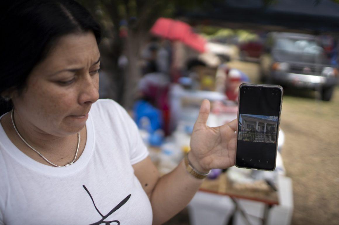 Dos veces sin casa: la ineficiencia gubernamental empeora el efecto de los huracanes y terremotos