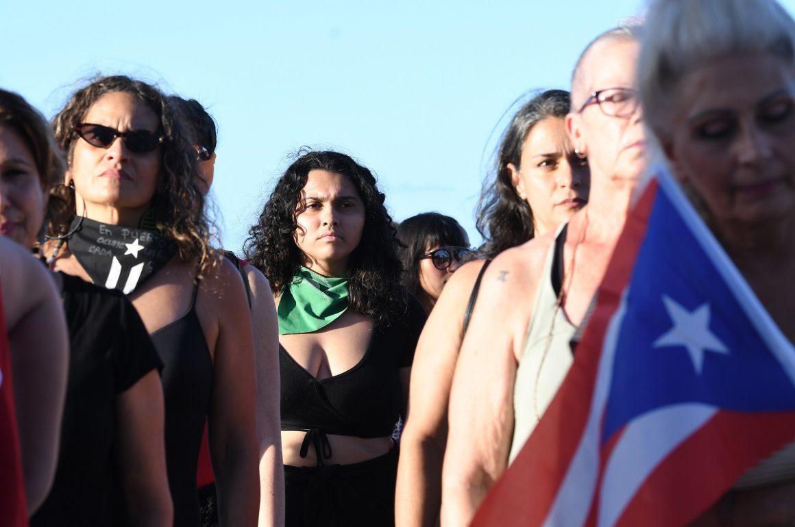 Foto de performance Un violador en tu camino Puerto Rico - Ana María Abruña Reyes