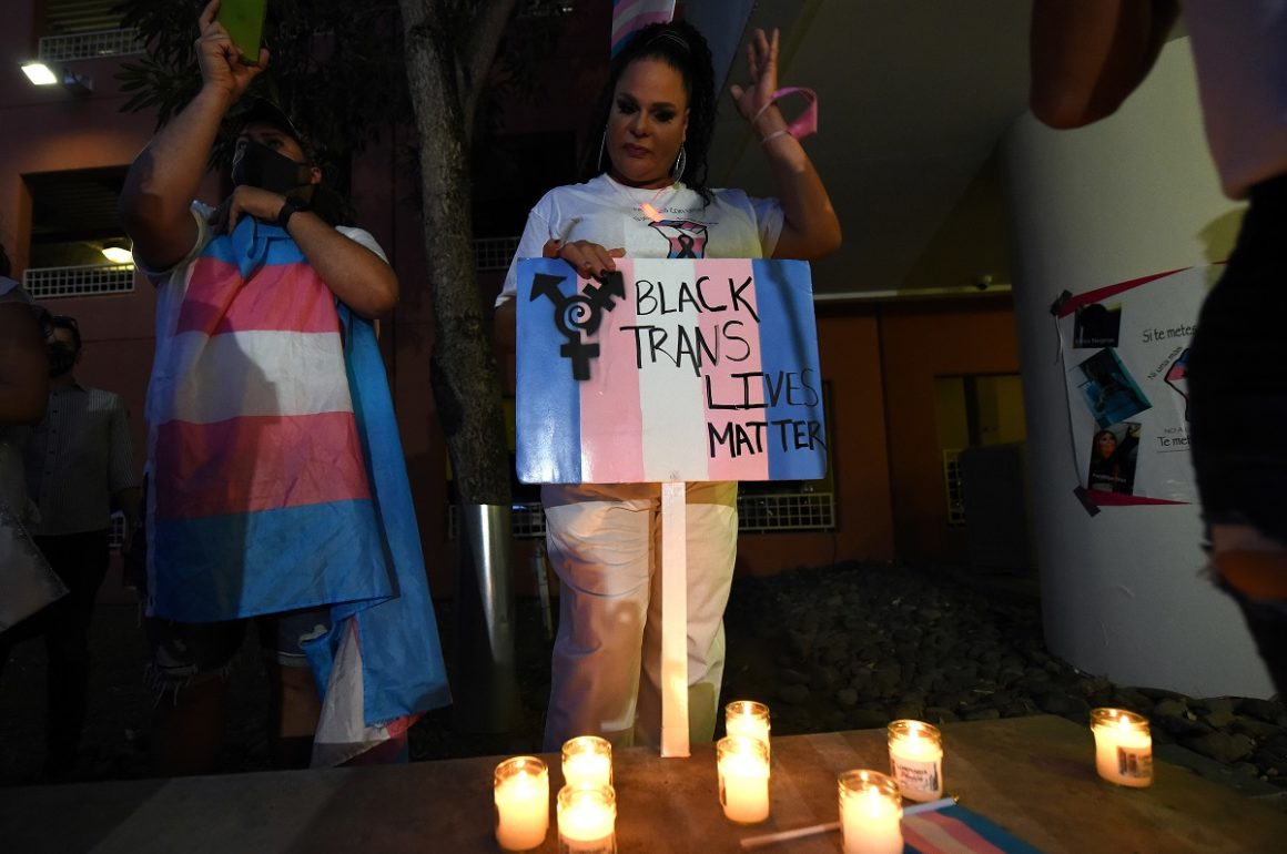 Colectivo Trans se manifiesta por un Puerto Rico digno para todes