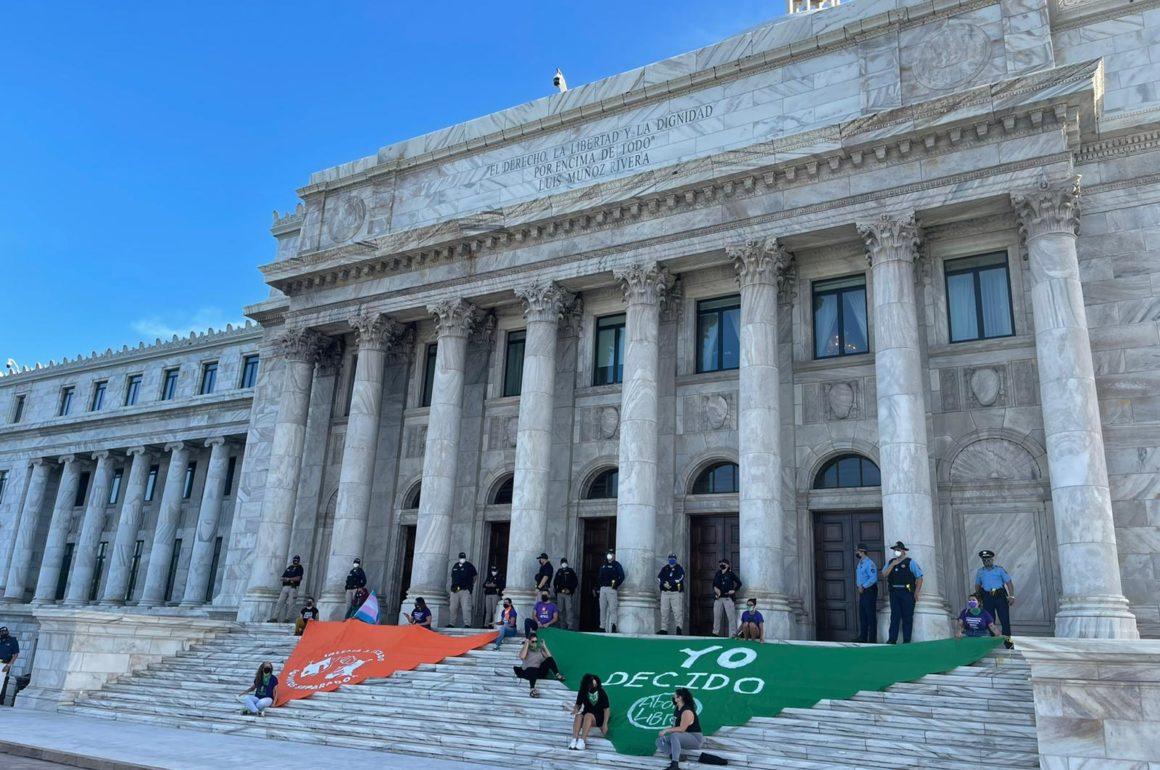 Defienden el derecho al aborto y reclaman separación de Iglesia y Estado a la nueva legislatura