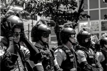 Policía violencia doméstica - Puerto Rico